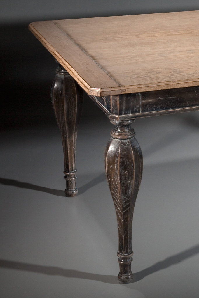 table louis XVI avbec allonges- Louis XVI oak table with extensions